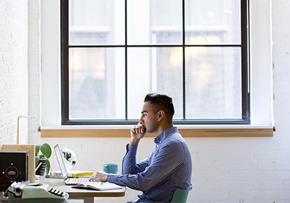 Les travailleurs isolés dans les bureaux